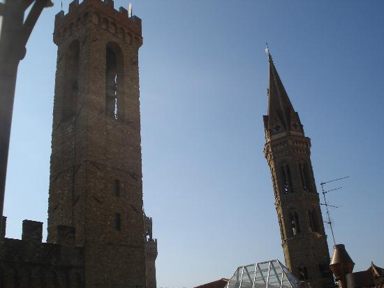 Il Bargello B&B: Towers from Terrace - easy to find