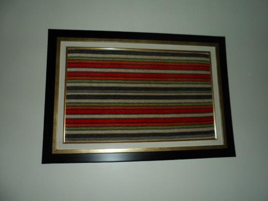 Holiday Park Hotel: Weaved cloth in frame