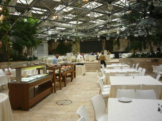 Park Hotel Jerusalem: buffet breakfast