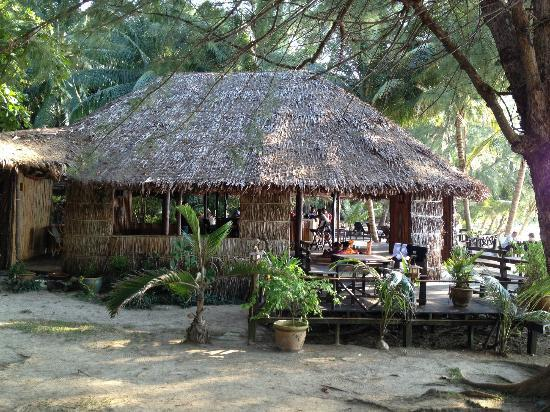 Rimba Resort: The Resort Bar