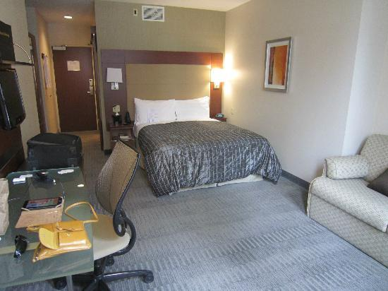River Hotel: Room 705, Junior Suite