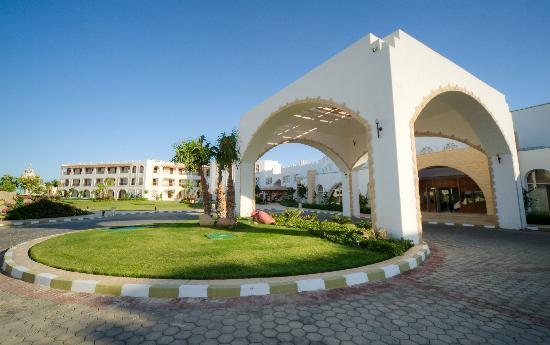 Tiran Island Hotel