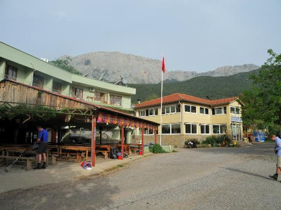 Caner Mountain Hotel