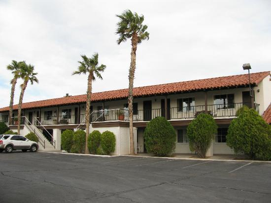 El Rancho Boulder Motel