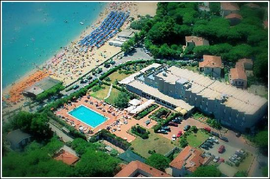 Photo of Hotel Select Marina Di Campo