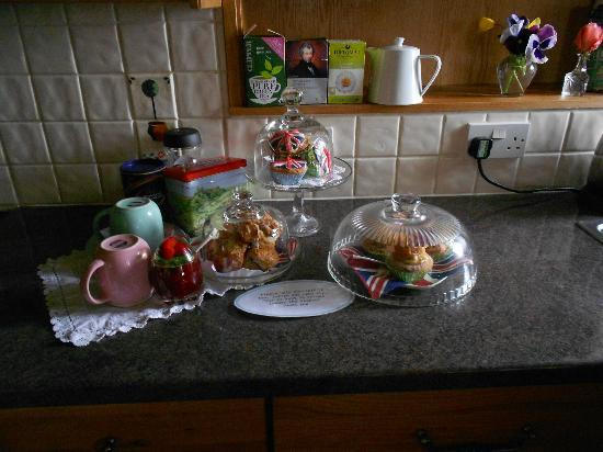 Pennycroft Guest House: This is what you return to after a day out!!