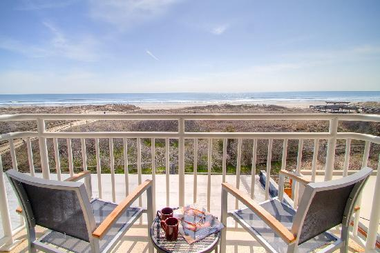 Avalon, NJ: Oceanfront Balcony