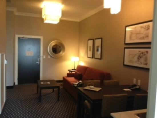 Embassy Suites by Hilton St. Louis - Downtown: Main Room