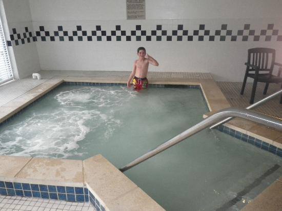 Country Inn & Suites By Carlson, Lancaster (Amish Country): Indoor Hot Tub