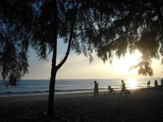 Banting, Malaysia: beach @sunset
