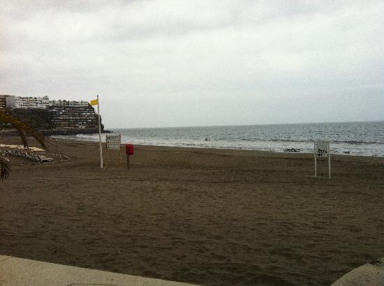 San Agustin, Spain: Playa frente al hotel