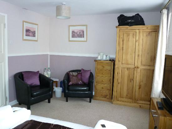 Abingdon Guest House: Room 5