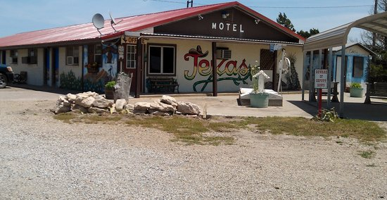 Alanreed Travel Ctr & Motel