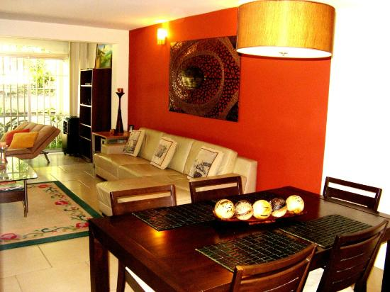 Villas de Cariari: living room area
