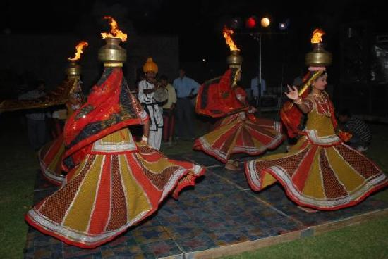 Hotel Nangi&#39;s Pride: Culture dance