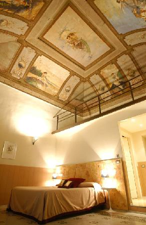Belle Arti Resort: FRESCOES PAINTING CEILING