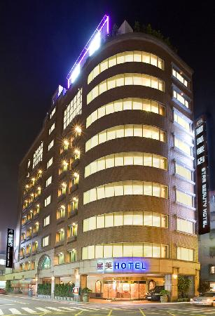 ‪Beauty Hotels Taipei - Starbeauty Resort‬