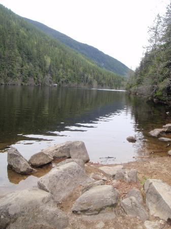 Lower Dewey Lake Hiking Trail