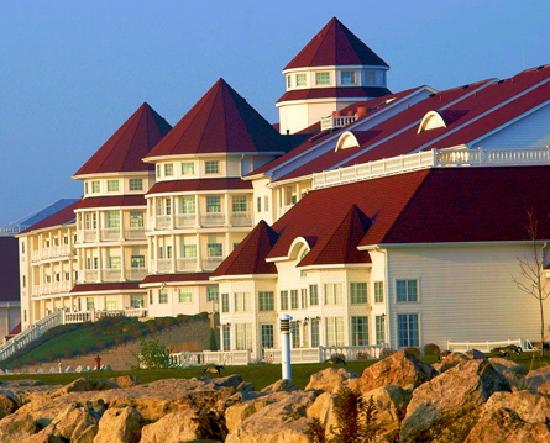 Photo of Blue Harbor Resort Sheboygan