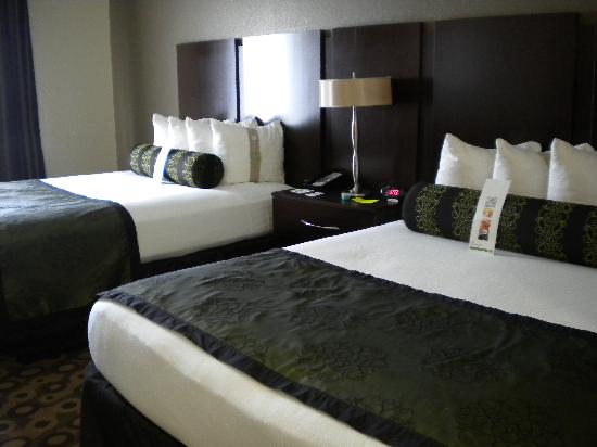 Holiday Inn Southaven - Central : Two Queen Beds