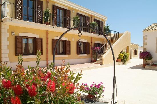 Photo of Hotel La Corte del Sole Noto