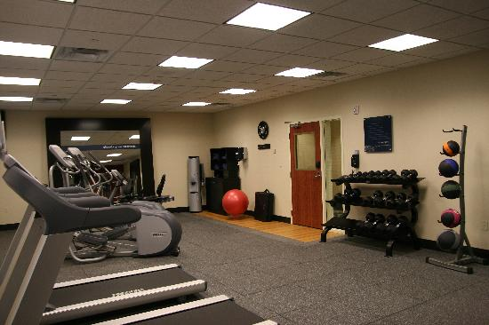 Hampton Inn and Suites Tulsa Hills: All you need for a great workout!