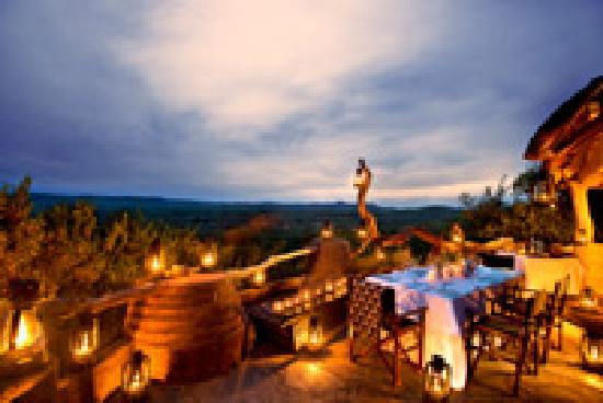 Madikwe Safari Lodge: Dithaba star deck dinner
