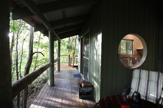 Hunchy Hideaway: THE VERANDAH