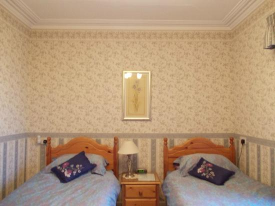 Purgavie Farm: twin room