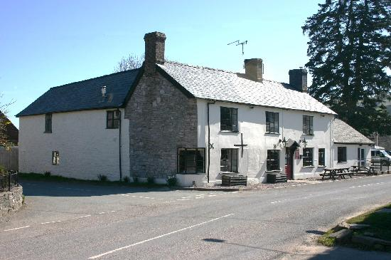 The Crown Inn: Front of Pub