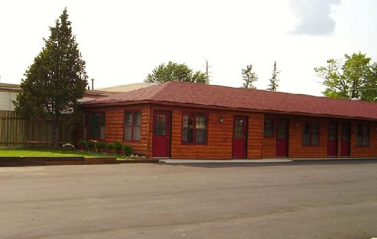 Rustic inn park rapids mn guest house reviews for Rustic home decor park rapids mn