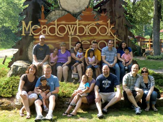 Meadowbrook Resort: Group pic