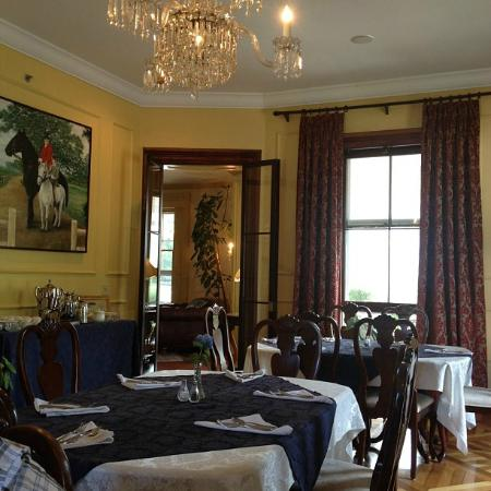 Bayberry Inn of Newport: Dining Area
