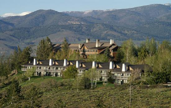 Sun Mountain Lodge: Mountain Top Luxury