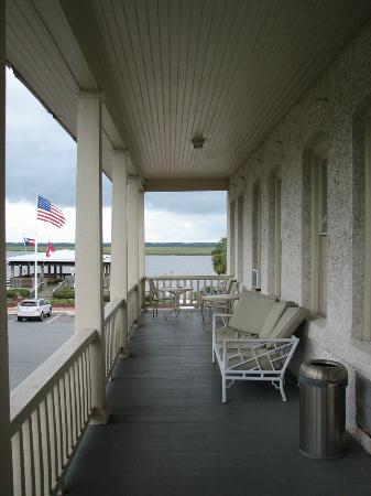 Riverview Hotel: Balcony