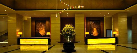 DoubleTree by Hilton Gurgaon-New Delhi NCR : Lobby