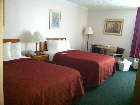 Quality Inn at Kingsmill: Room 116