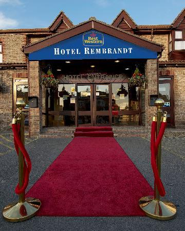 BEST WESTERN Hotel Rembrandt: Main Entrance