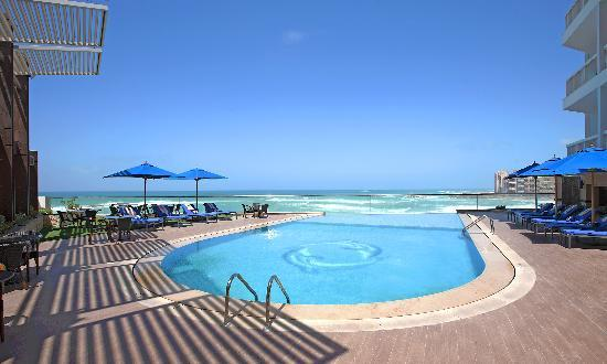 Main swimming pool picture of hilton alexandria corniche alexandria tripadvisor Swimming pools in alexandria va