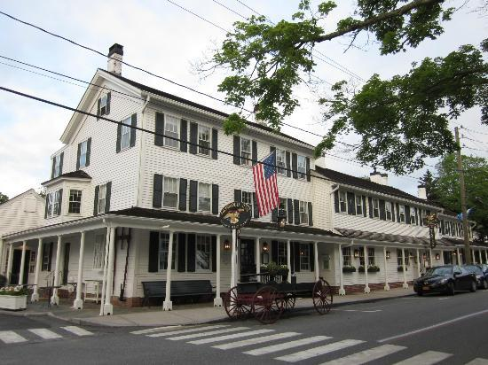 Griswold Inn Picture