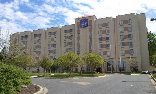 ‪Sleep Inn  & Suites Airport‬