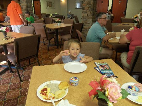 1st Inn Branson: Breakfast