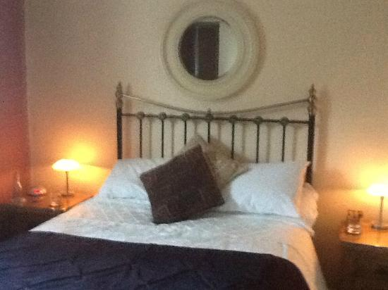 Grayling House Bed and Breakfast