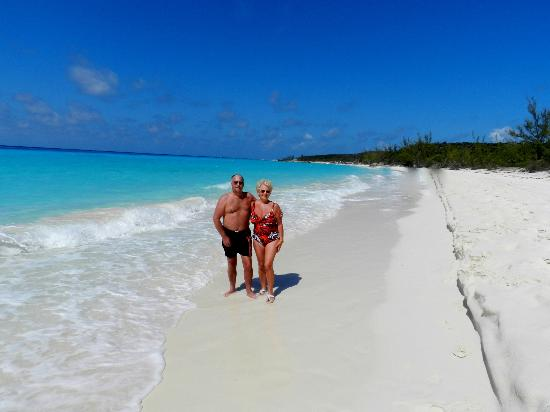 Turks And Caicos Hotels Review