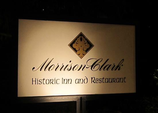 Morrison-Clark Historic Inn: The Inn's sign at night