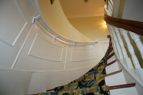 Atlantis Inn Luxury B&B: Up the spiral staircase