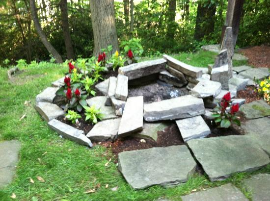 Stony Point Bed &amp; Breakfast: New Fire Pit Paul Build for us!
