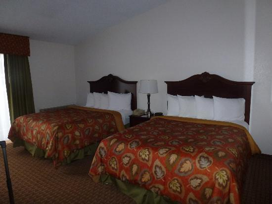 BEST WESTERN Chieftain Inn: guest room