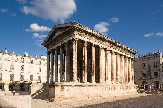 Maison carree nimes france address phone number tickets tours monument statue reviews for Photo maison