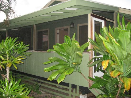 Hana Paradise Cottages: Outside